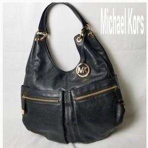 🌿Michael Kors Pebbled Black Leather Hobo